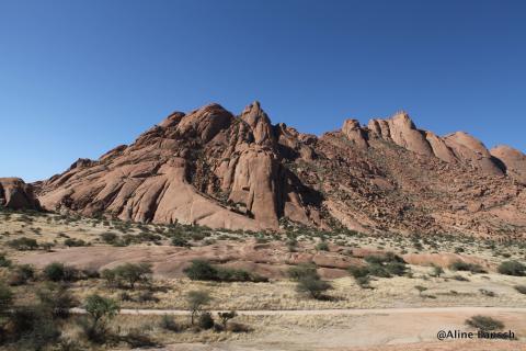 Felsformationen nahe Spitzkoppe in Namibia