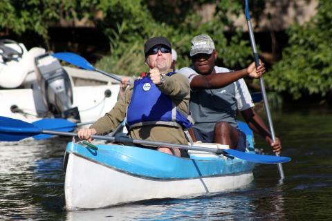 Kanu Safari auf dem Zambezi River