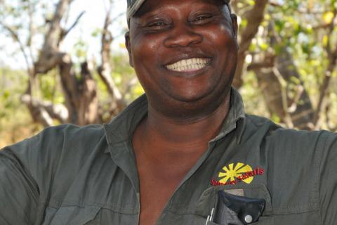 Safari Guide von Sunway Safaris während der Botswana Abenteuerreise