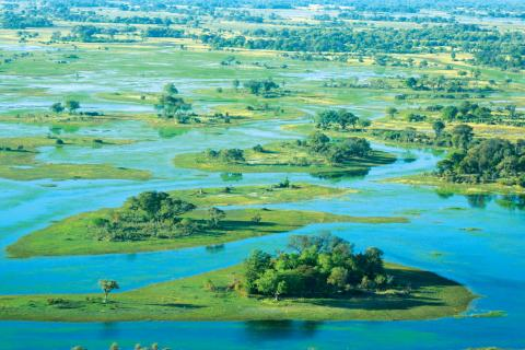 Panorama des Okavango Deltas aus der Luft