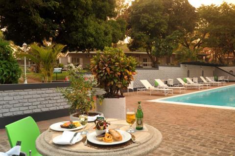 Victoria Falls Sprayview Hotel