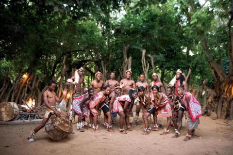 Shangaa: Traditionelle Tänze im Hippo Hollow Country Estate