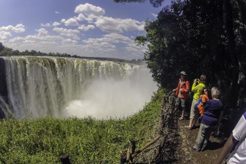 Victoriafälle von Sambia aus: Ein absoluter Höhepunkt unserer Namibia Erlebnisreise