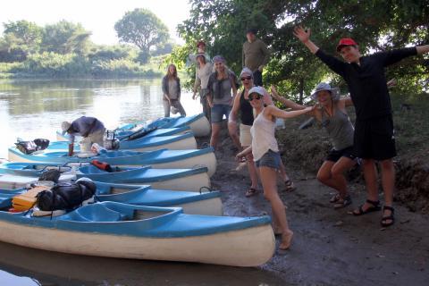 Vorbereitung der Bootstour auf dem Zambezi River