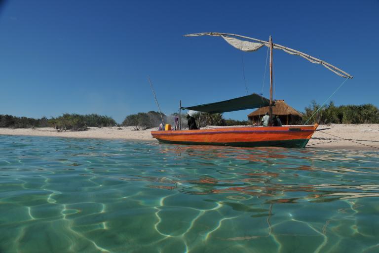 Badeurlaub und Entspannung am Strand von Mosambik