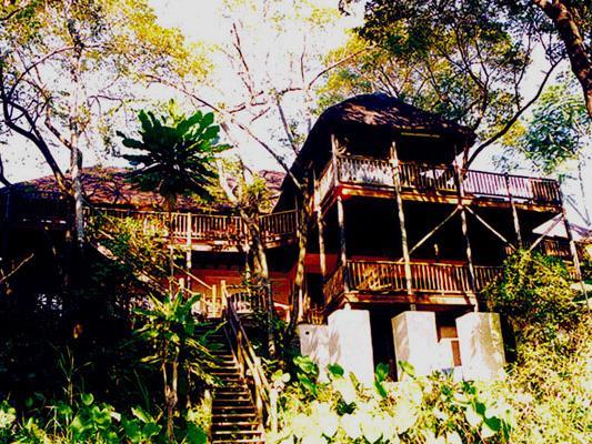Greenfire Hazyview:  Blick auf die Lodge mit Balkon