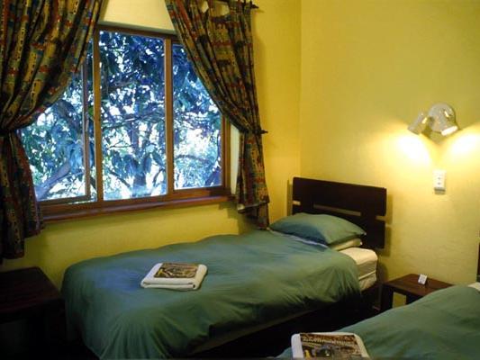 Drifters Greenfire Johannesburg Inn Zimmer mit Bett