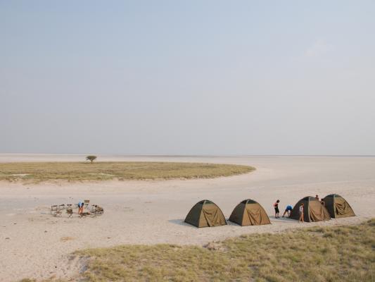 Camping in den Makgadikgadi-Salzpfannen