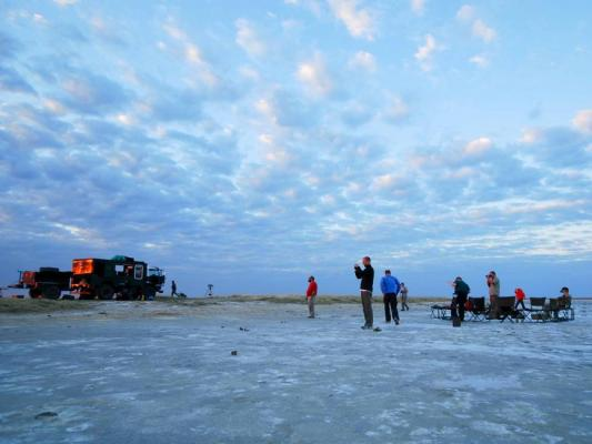 Camping Stop in den Makgadikgadi-Salzpfannen
