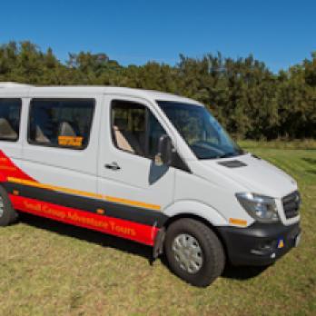Seitenansicht auf den Sunway Minibus Sprinter